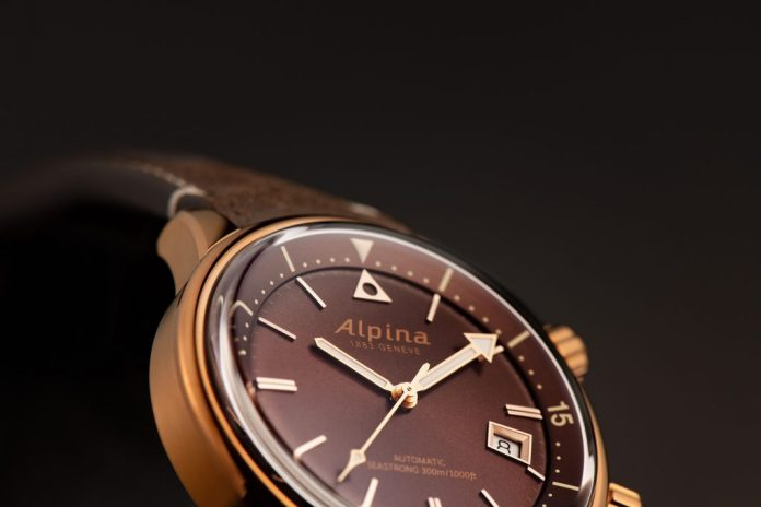 Alpina Seastrong Diver Heritage 525BR4H4 Details 1 SD ©Eric  Rossier