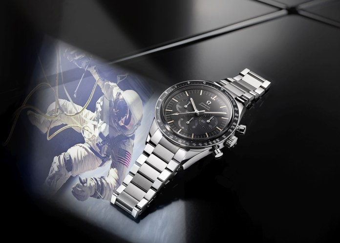 1. OMEGA Omega Speedmaster Moonwatch 321 amb 02