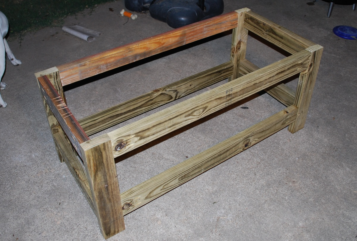 Ana White Beefed Up Outdoor Storage Bench Diy Projects