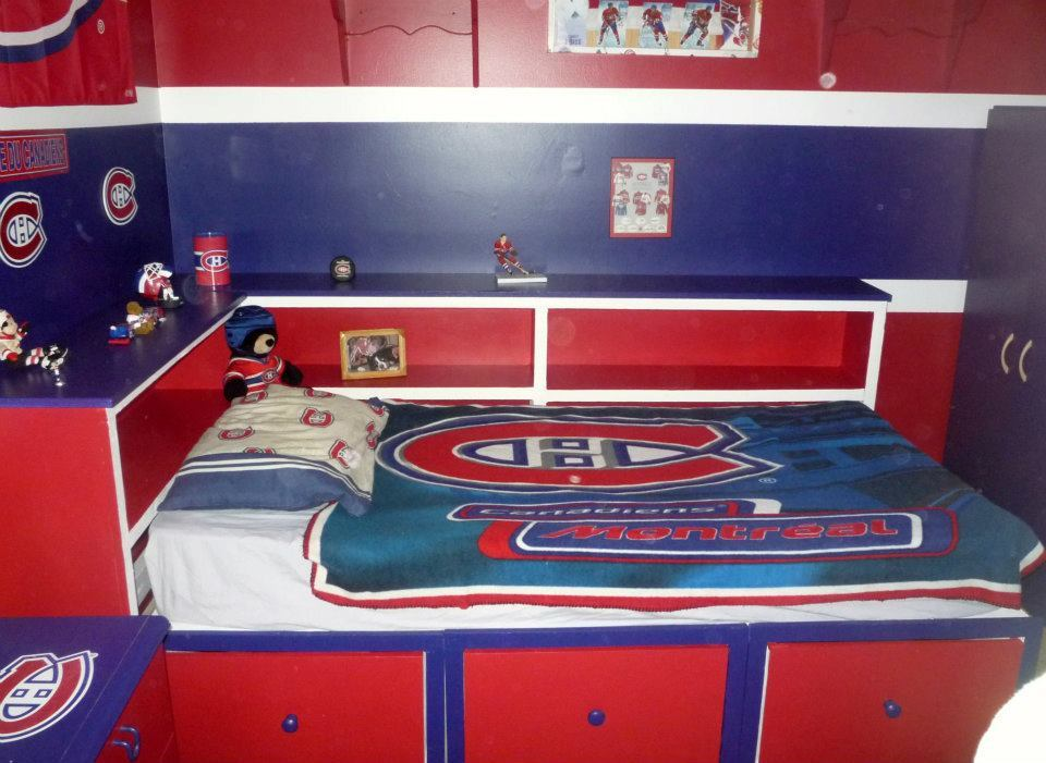 Ana White Nathans Montreal Canadians Bed DIY Projects