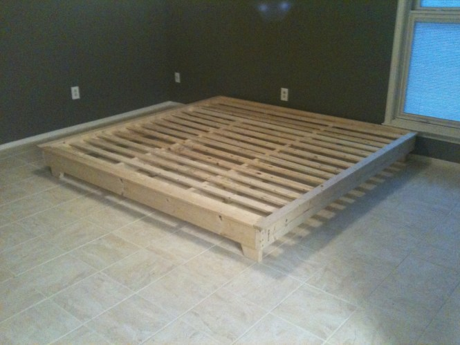 King Sized Hailey Platform Bed