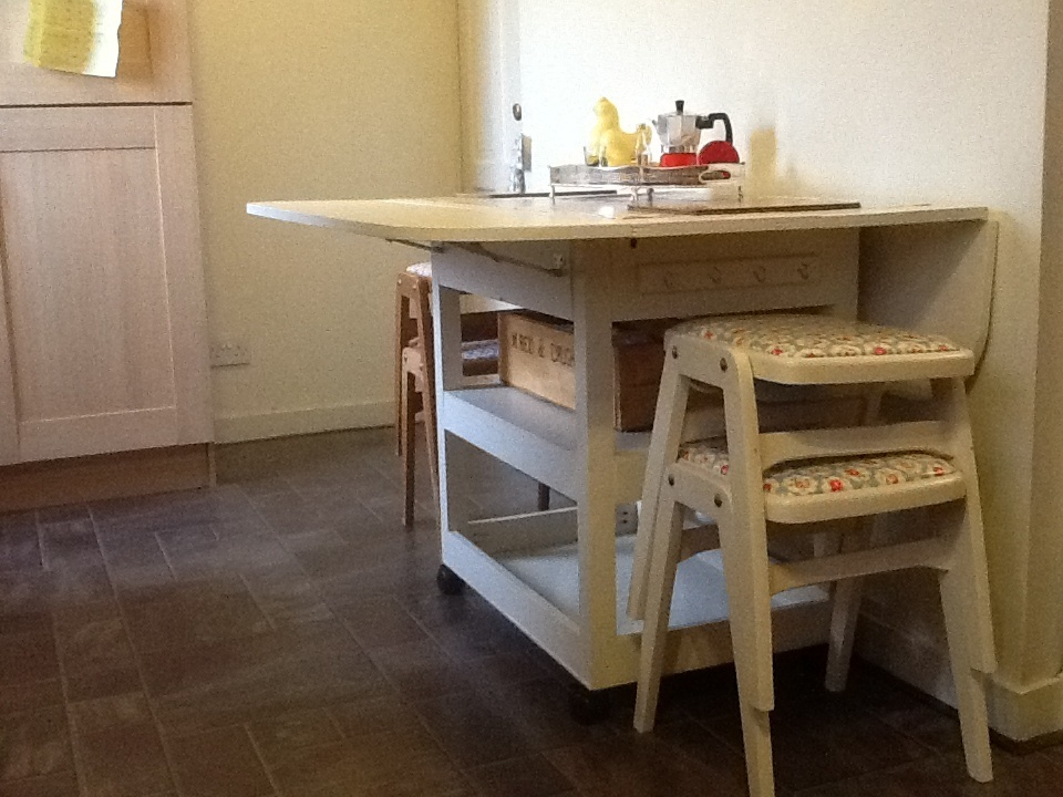 Ana White Drop Leaf Storage Table DIY Projects