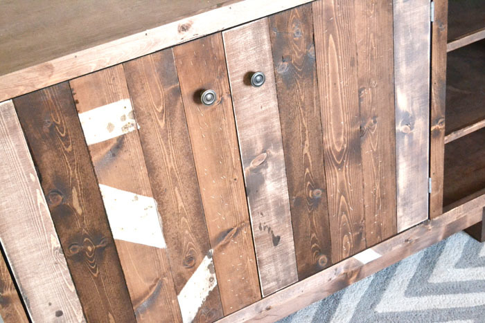 How To Make Pallet Cabinet Doors