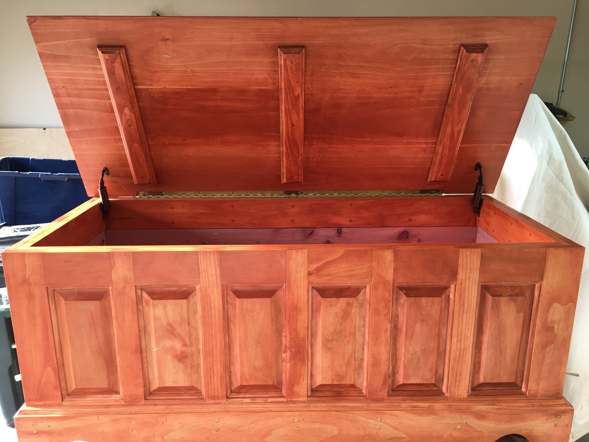 Ana White Pine And Aromatic Cedar Blanket Chest DIY