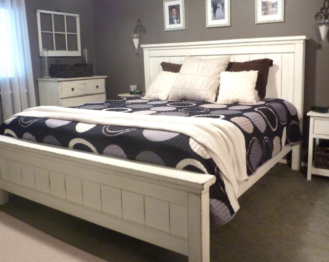 King Farmhouse Bed