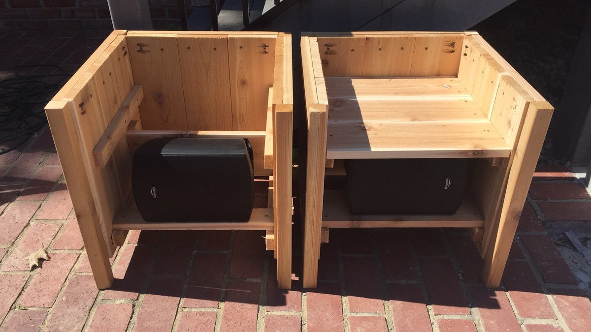 Ana White Cedar Planter Outdoor Speakers DIY Projects