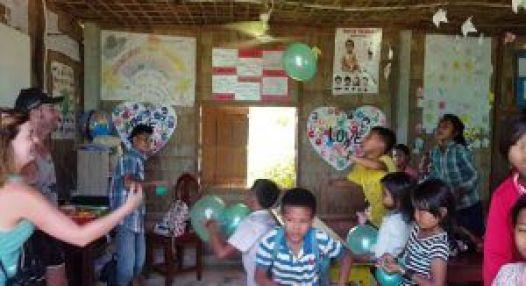 Jugando con los niños