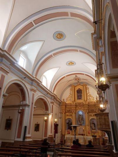 Interior iglesia Facheca