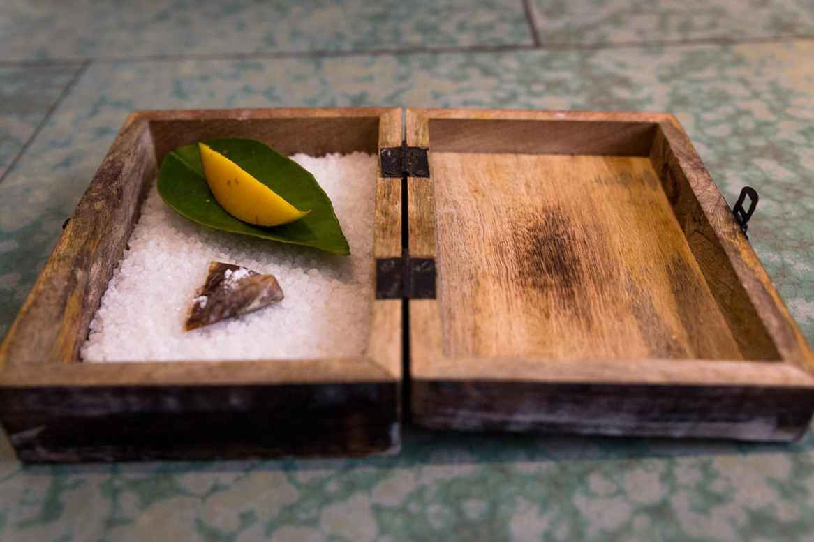 Salty walnut candy with tonka beans and whiskey at Disfrutar