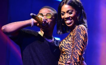 Bestie Goals As Wizkid Rocks Tiwa Savage On Stage (Video)
