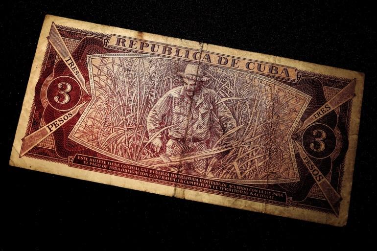 dollar-bill-1873694_1920