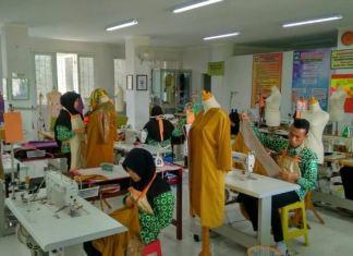 Jurusan SMK yang Bagus untuk Wanita - Tata Busana