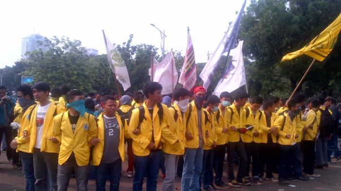 Demo Mahasiswa PNJ