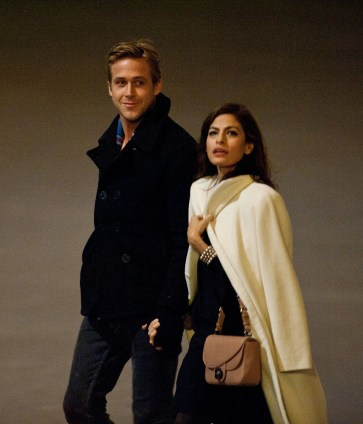 Exclusive - Eva Mendes & Ryan Gosling Loved-Up In The City Of Romance