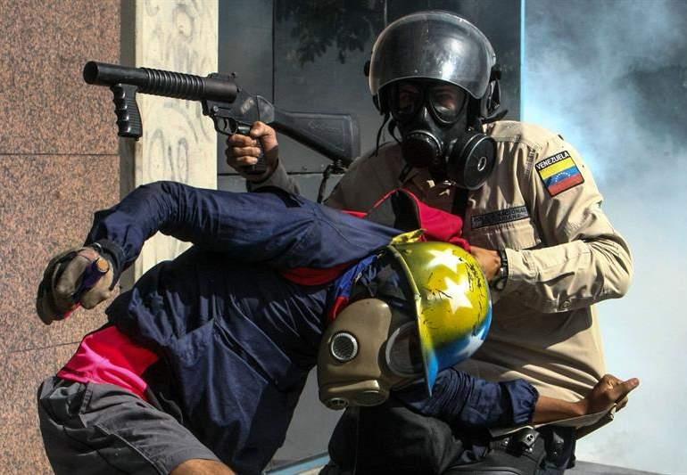 La violencia es el arma de los que perdieron la razón