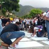 Misa por los Caídos en Vargas con los jóvenes