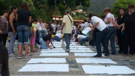 Misa por los Caídos en Vargas