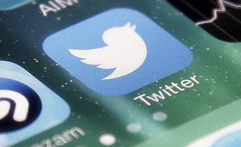 ¿Por qué Twitter suspendió cuentas oficialistas?