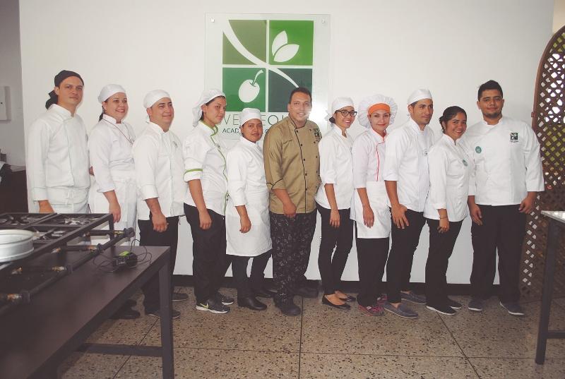 En Verde Oliva Perfeccionan El Arte De Cocinar Con Mas Talento Que