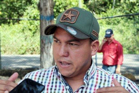 """Miguel Maldonado, productor de Monay: """"no nos han dejado trabajar, el proceso de matanza en el matadero de Jiménez diario era de 80 a 100 animales. Aquí nos vemos afectados todos productores, trabajadores, arrimadores distribuidores y por supuesto el pueblo. Deben escuchar nuestra propuesta""""."""