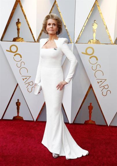 Jane Fonda en la alfombra roja de los Óscar