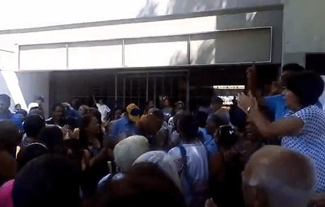 Jubilados protestan en Anzoátegui