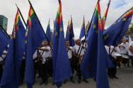 """Cientos de estudiantes marchan hoy, martes 20 de marzo de 2018, en La Paz (Bolivia), durante una concentración convocada en distintos colegios del país para pedir """"mar para Bolivia""""/ Foto: EFE"""