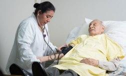 """""""Cuidados Paliativos: Fortaleciendo el Sistema Sociosanitario"""""""