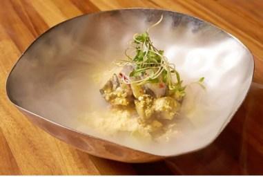 """Maido: """"El mago culinario de lima mezcla la cocina peruana y japonesa con un efecto alucinante"""""""