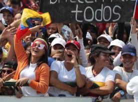 Publico del Venezuela Aid Live