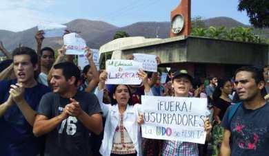 udo-manifestacion-universidad-colectivos (4)