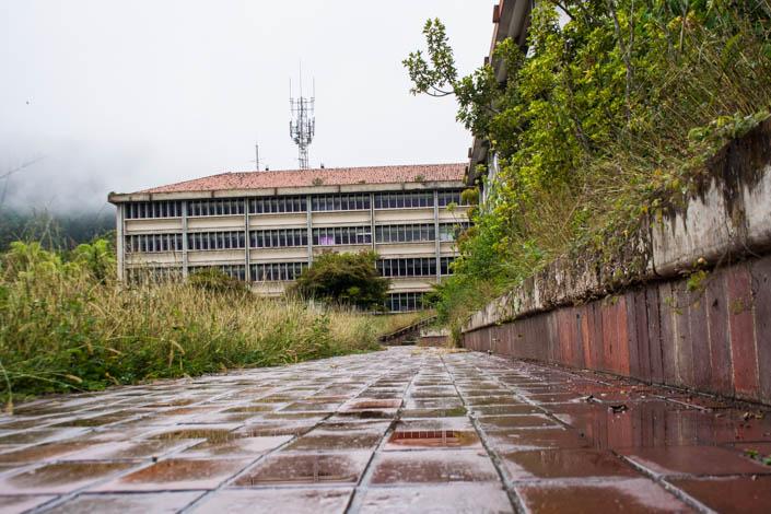 La falta de recursos y las fallas en los servicios públicos han imposibilitado las labores de mantenimiento de las instalaciones. Foto: @rastavafotografia