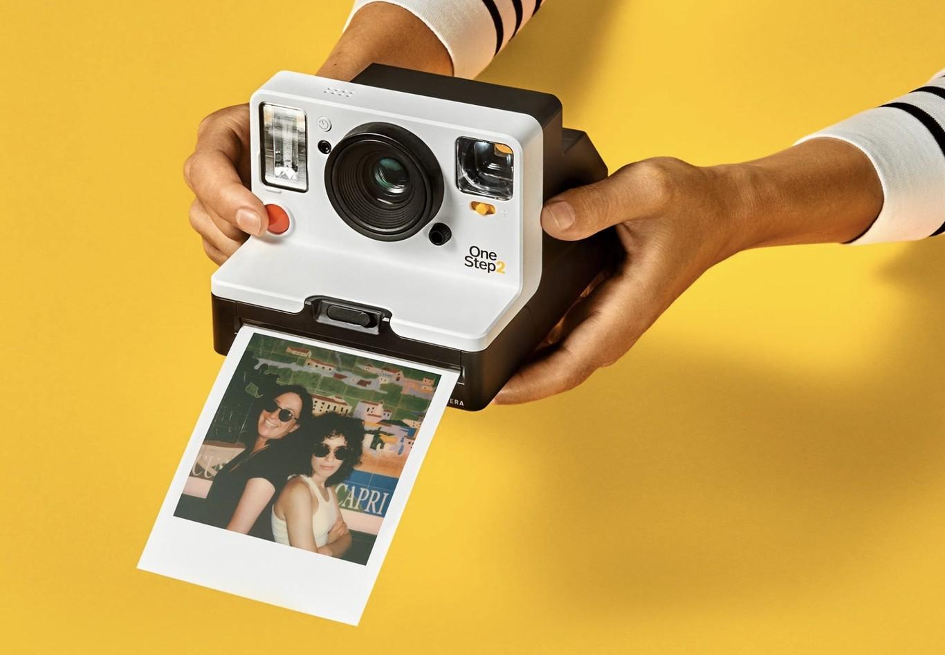 Foto de una Polaroid Onestep 2