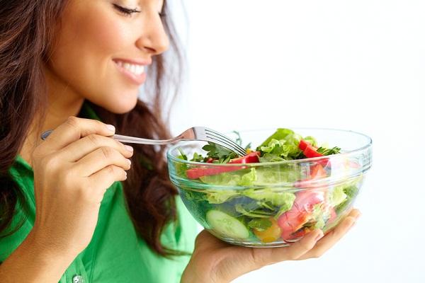 ارشادات غذائية صحية لنضارة البشرة