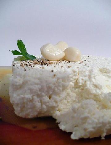 طريقة تحضير الجبنة البيضاء فى البيت