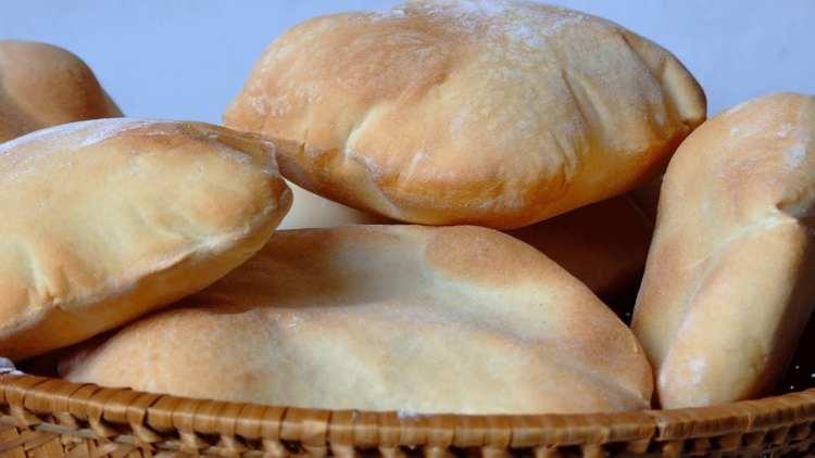 طريقة اعداد الخبز الشامى فى المنزل