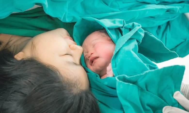 تفسير حلم الولادة لغير الحامل المتزوجه