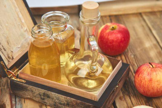 خلطة خل التفاح لتنظيف البشره وتبيضها