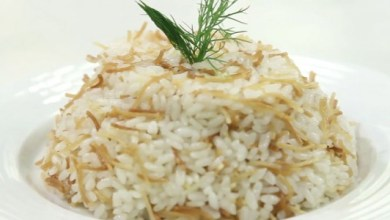 Photo of طريقة عمل الأرز بالشعرية بأسهل طريقة