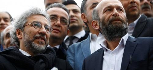 Υπόθεση Τζουμχουριέτ: Ελευθεροτυπία και Δικαιοσύνη … αλά Τούρκα! EXTRA - Οι δημοσιογράφοι της Τζουμχουριέτ Τζαν Ντιουντάρ (αριστερά) και Ερντέμ Γκιουλ