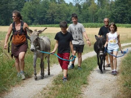 Nos jeunes âniers prennent leur rôle très au sérieux.