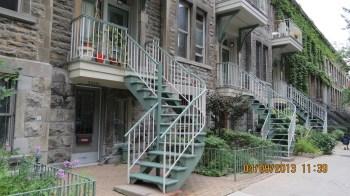 Casas com Escadas Exteriores