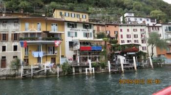 Vilarejo às margens do Lago Lugano