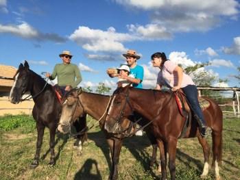 Passeio de cavalo com a família (eu sou apenas a fotógrafa, rsrsrsss)