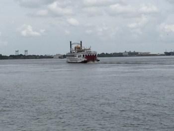Barco no Mississipi