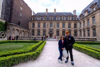 """Nossa """"entrada"""" no Marais... *"""