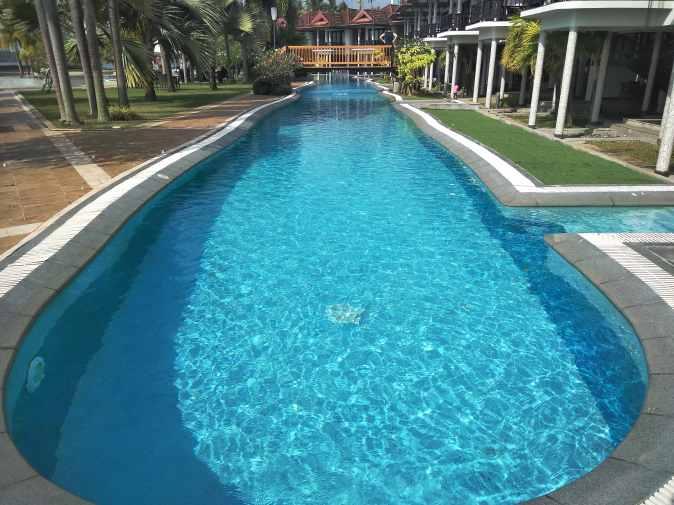 Ramada resorts swimming pool cochin