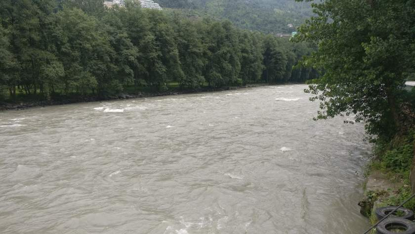 Manali beas river
