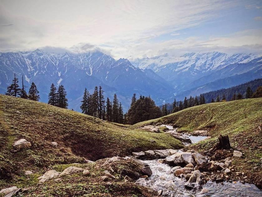 bhrigu lake trek himalayas