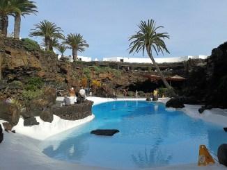 Künstlicher Pool beim Jameos del Agua